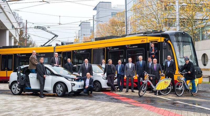 Entwicklung einer Mobilitätsauskunft, die individuelle und öffentliche Verkehrsangebote verbindet